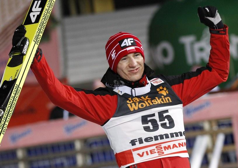 Kamil Stoch jest jednym z głównych faworytów rozpoczynającego się sezonu PŚ w skokach /AFP