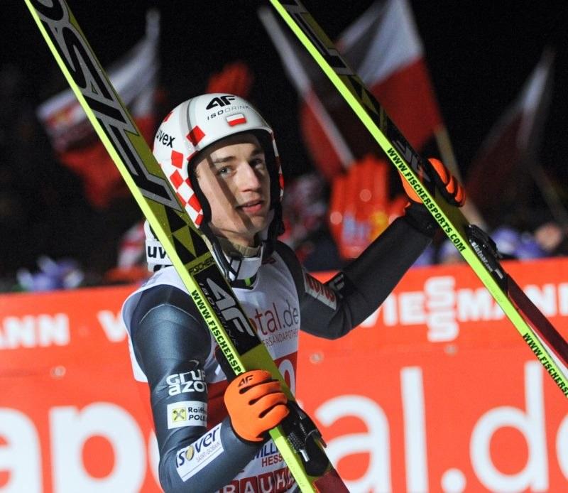 Kamil Stoch, lider klasyfikacji generalnej Pucharu Świata w skokach narciarskich /AFP