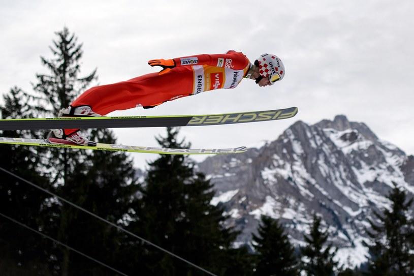 Kamil Stoch, lider Pucharu Świata w skokach narciarskich /AFP
