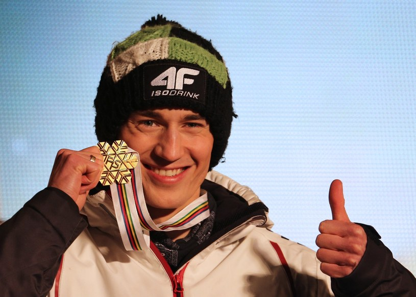 Kamil Stoch miał niezwykle udany sezon /AFP
