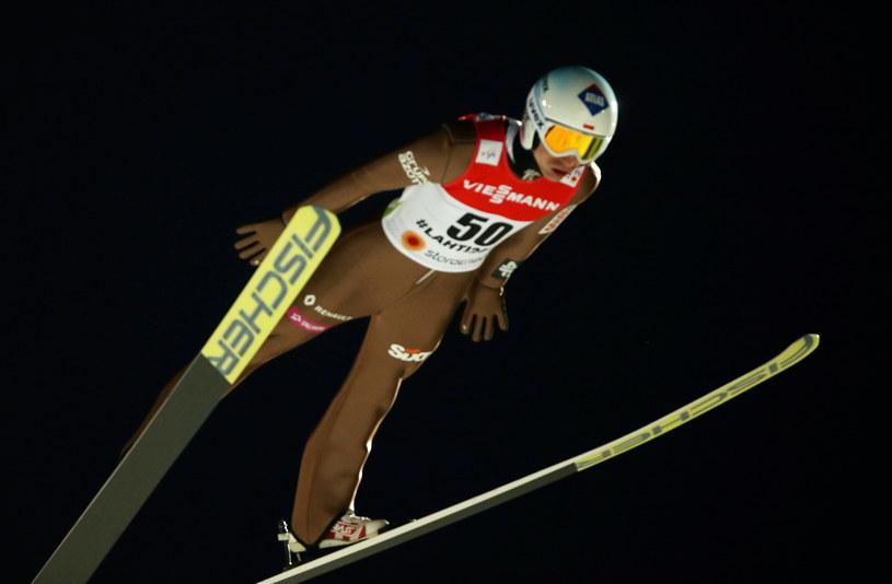 Kamil Stoch na skoczni HS 100 w Lahti /Grzegorz Momot /PAP