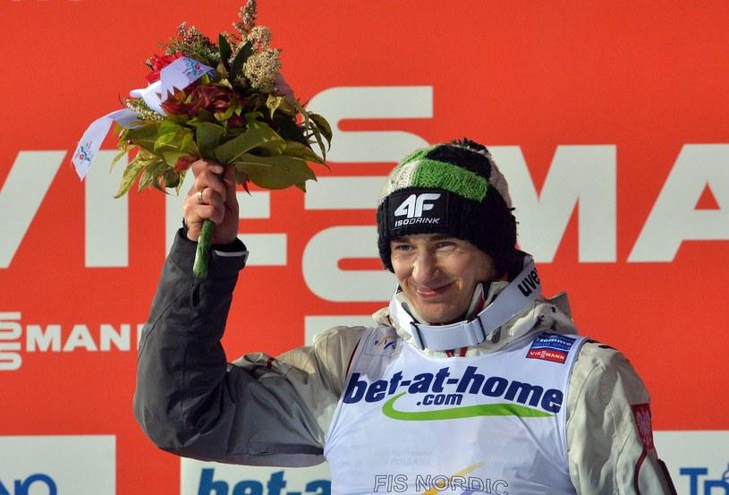 Kamil Stoch po wygranej w Val di Fiemme /AFP