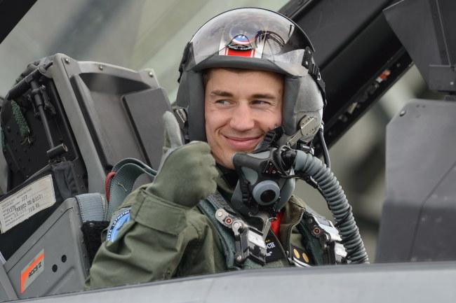 Kamil Stoch w F-16 /Jakub Kaczmarczyk /PAP