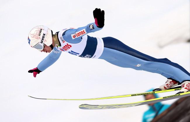 Kamil Stoch w MP pobił rekord Wielkiej Krokwi. Skoczył 141,5 metra /Grzegorz Momot /PAP
