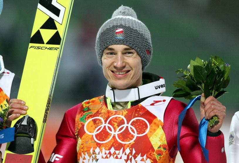 Kamil Stoch w pięknym stylu zdobył złoty medal w Soczi /fot. Grzegorz Momot /PAP