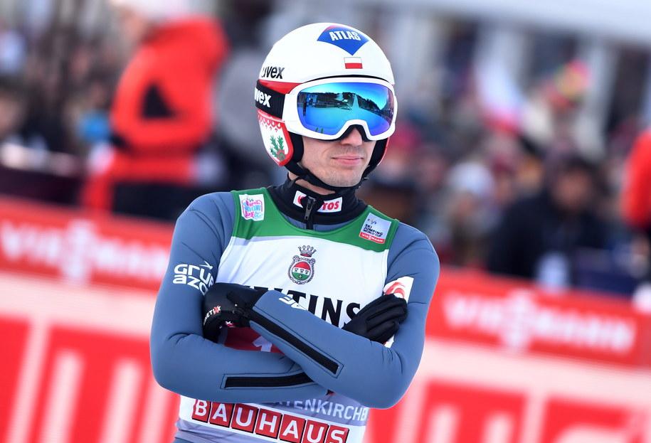 Kamil Stoch w trakcie konkursu Turnieju Czterech Skoczni w Garmisch-Partenkirchen /LUKAS BARTH-TUTTAS /PAP/EPA