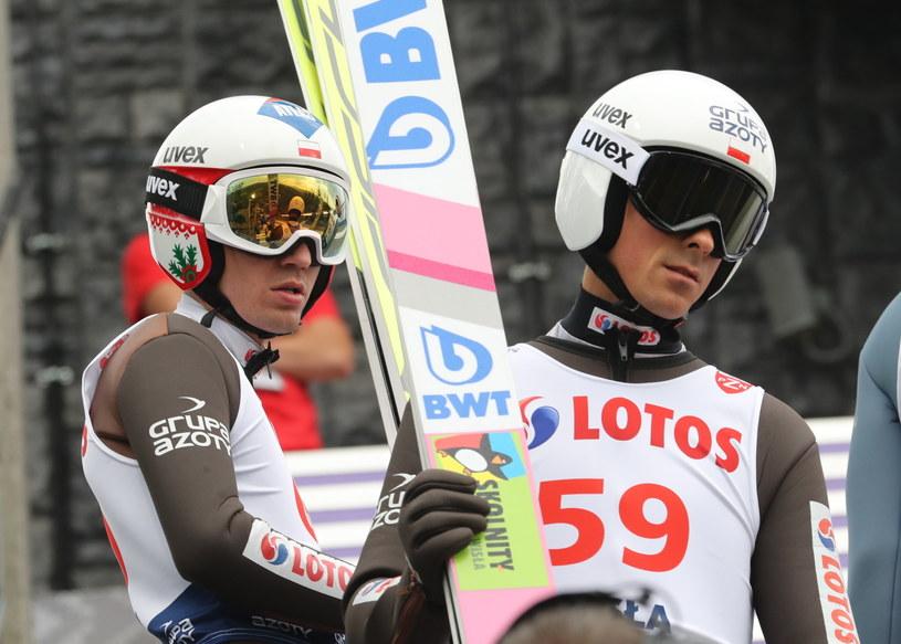 Kamil Stoch (z lewej) i Piotr Żyła w Wiśle / Grzegorz Momot    /PAP