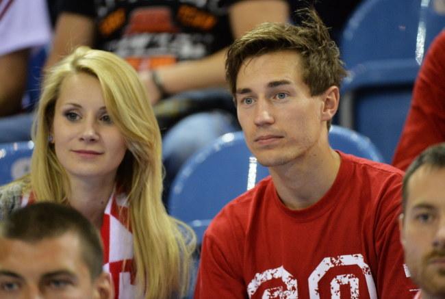 Kamil Stoch z żoną Ewą /Jacek Bednarczyk /PAP