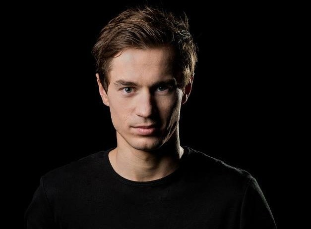 Kamil Stoch, zawodnik klubu Eve-nement Team, dwukrotny mistrz olimpijski z 2014 roku /