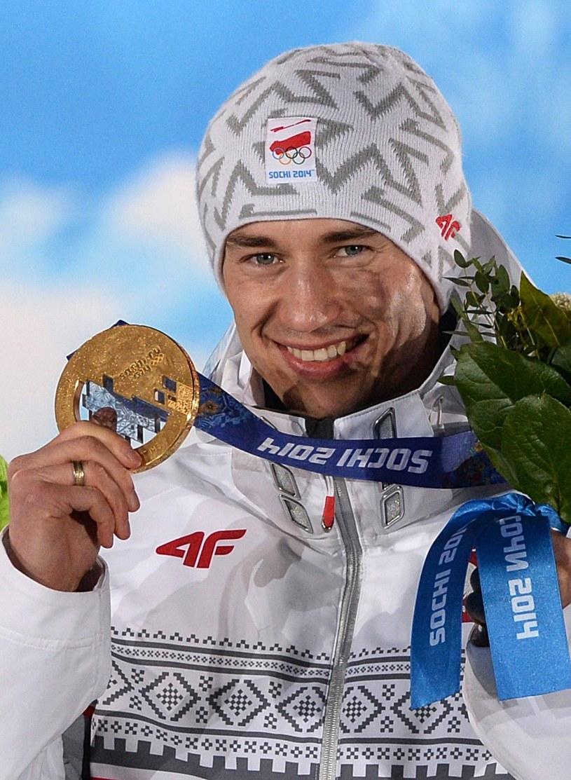 Kamil Stoch zdobył w Soczi dwa złote medale? Jak mu pójdzie w Pjongczangu? /AFP
