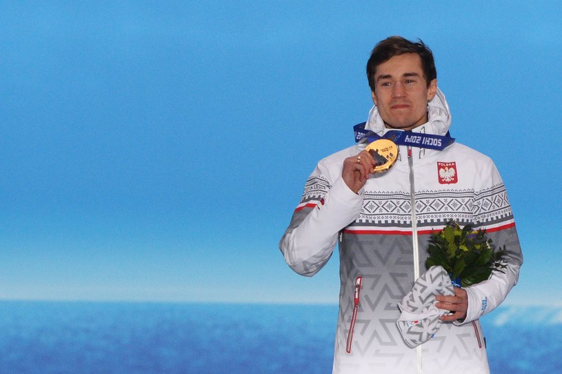 Kamil Stoch ze złotym medalem olimpijskim igrzysk w Soczi /AFP