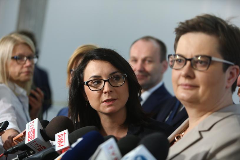 Kamila Gasiuk-Pihowicz i Katarzyna Lubnauer /STANISLAW KOWALCZUK /East News