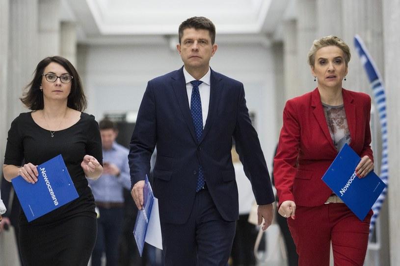 Kamila Gasiuk-Pihowicz, Ryszard Petru i Joanna Scheuring-Wielgus /Andrzej Hulimka  /Reporter