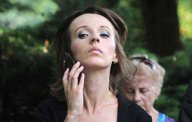 Kamila Łapicka w kondukcie żałobnym /Andras Szilagyi /MWMedia