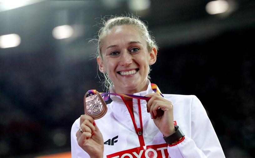 Kamila Lićwinko z brązowym medalem/fot. Bartłomiej Zborowski /PAP
