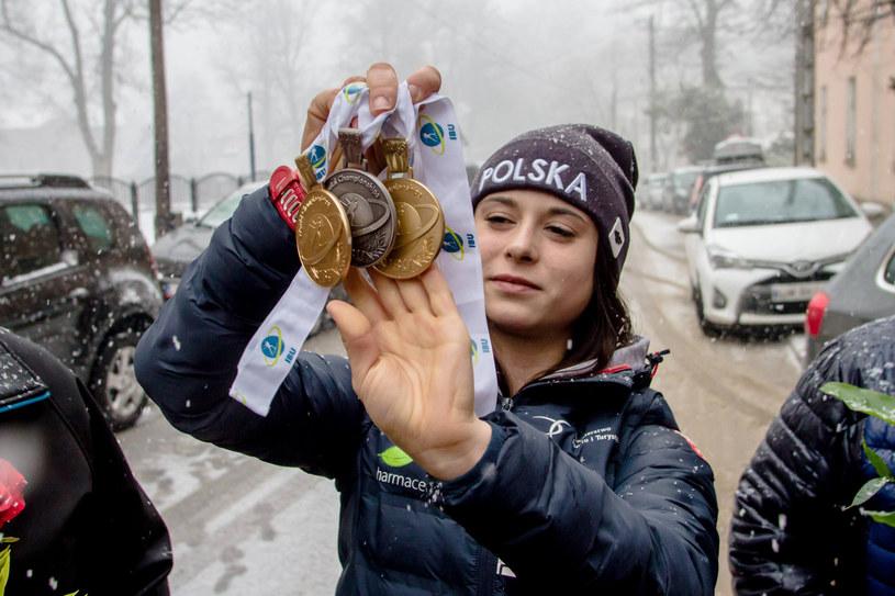 Kamila Żuk ma bogatą kolekcję medali z MŚ juniorek. Czas na sukcesy wśród seniorek /Fot. Dariusz Gdesz/Polska Press /East News