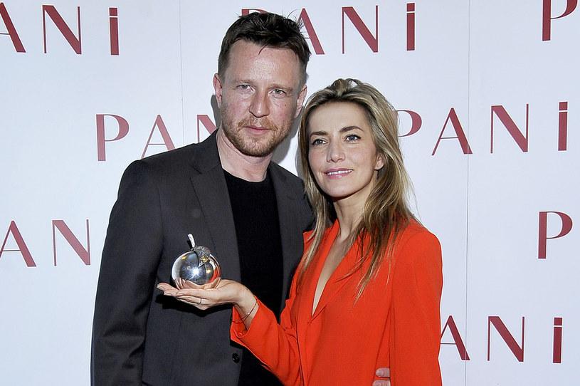 Kamilla Baar i Wojciech Błach byli jedną z najładniejszych par polskiego show-biznesu /AKPA
