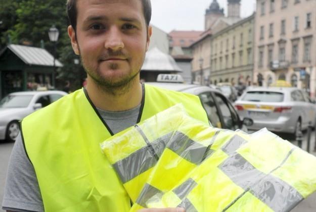 Kamizelka może uratować życie / Fot: M. Lasky /Reporter