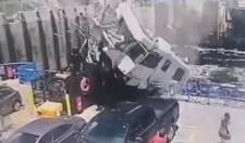 Kamper spadł na odpływający prom! Kierowca nie żyje