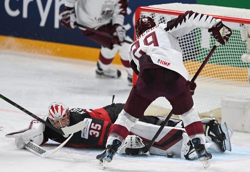 Kanada - Łotwa na MŚ Elity /GINTS IVUSKANS  /AFP