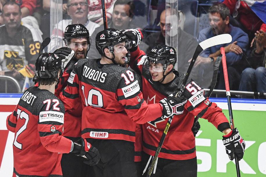 Kanadyjczycy powalczą w finale z Finami /CHRISTIAN BRUNA /PAP/EPA