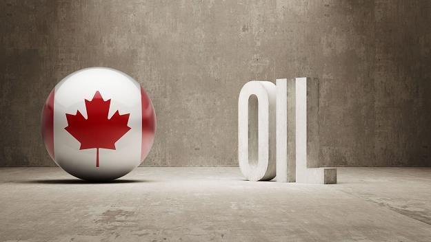 Kanadyjczycy zastanawiają się, co zrobić, gdy skończy się ropa /©123RF/PICSEL