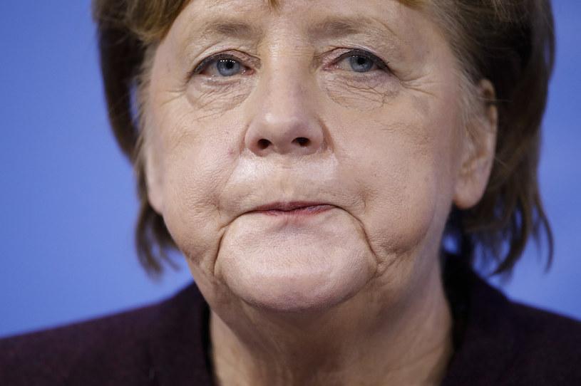 Kanclerz Angela Merkel chce stopniowo łagodzić ograniczenia antyepidemiczne /Markus Schreiber /AFP