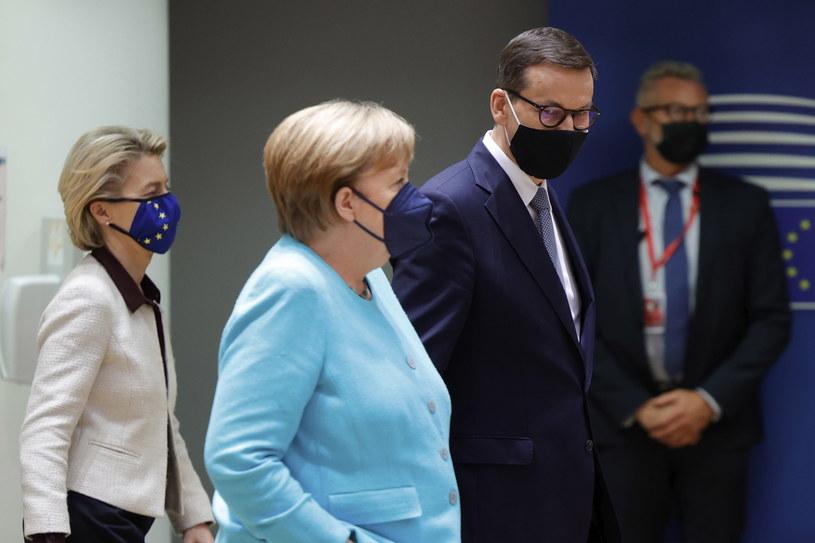 Kanclerz Niemiec Angela Merkel i premier Polski Mateusz Morawiecki /EPA/OLIVIER MATTHYS / POOL /PAP