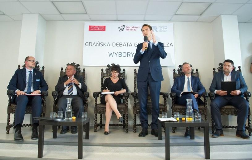 Kandydaci na prezydenta Gdańska podczas debaty gospodarczej /Reporter