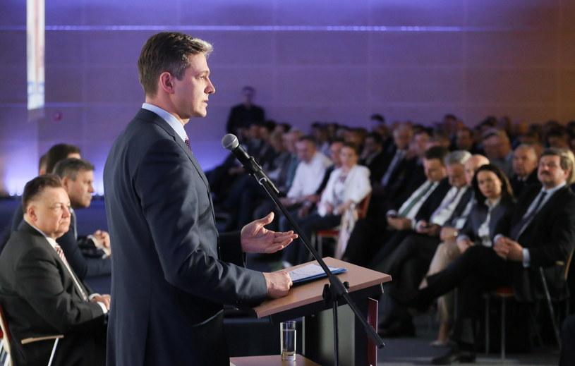 Kandydat na prezydenta, Adam Jarubas, w trakcie konwencji w Warszawie /Paweł Supernak /PAP