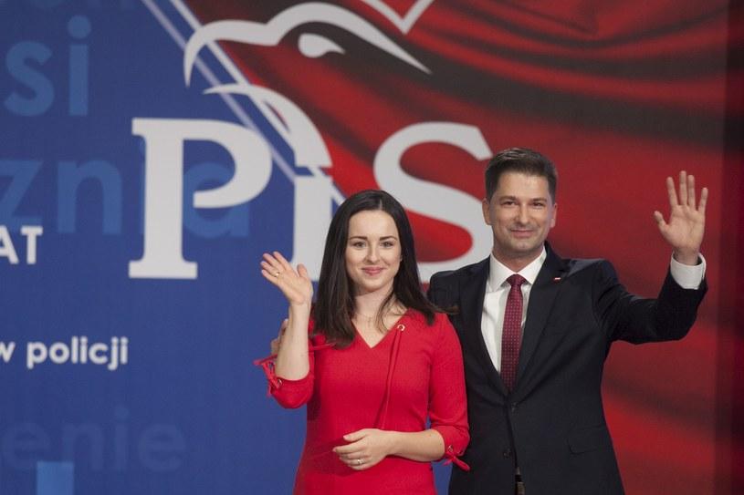 Kandydat PiS na prezydenta Lublina Sylwester Tułajew z żoną / Jacek Szydlowski  /Agencja FORUM