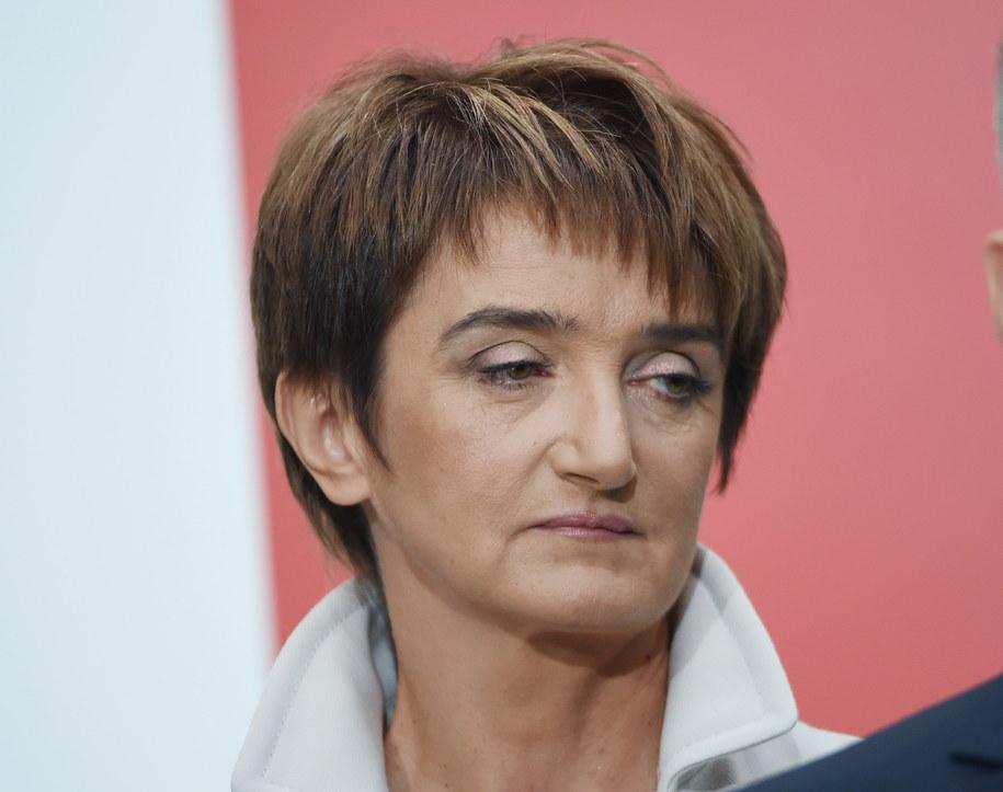 Kandydatka na ministra infrastruktury i rozwoju Maria Wasiak podczas oficjalnego ogłoszenia składu rządu Ewy Kopacz /Radek Pietruszka /PAP
