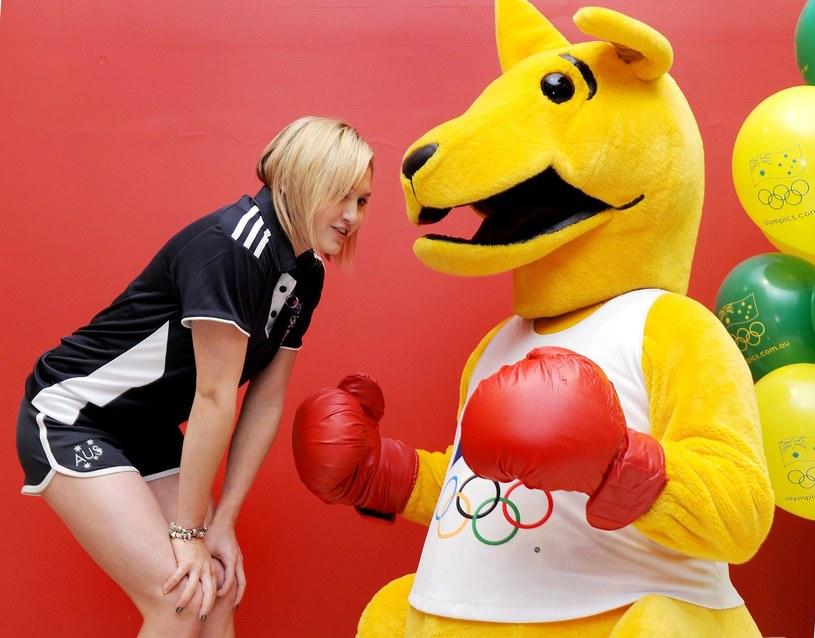 Kangur w rękawicach bokserskich jest symbolem australijskich sportowców /AFP
