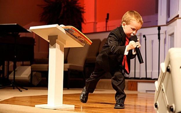 Kanon Tipton szaleje w kościele (Fot. YouTube) /vbeta