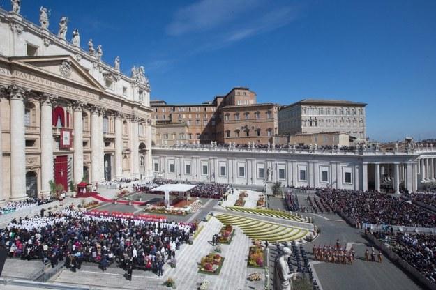 Kanonizacja Jana Pawła II. Uwaga na kieszonkowców