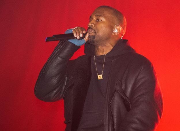 Kanye West na scenie - fot. Dave Kotinsky /Getty Images