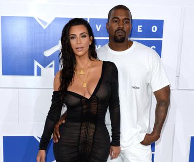 Kanye West wycofał się z walki o fotel prezydenta USA