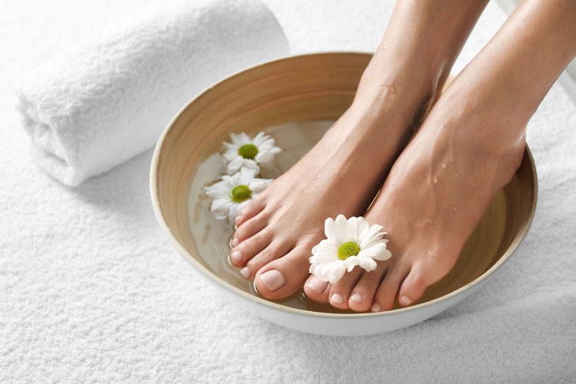 Kąpiel dla stóp /©123RF/PICSEL