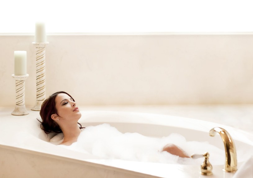 Kąpiel pomaga rozluźnić mięśnie