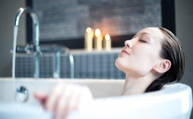 kąpiele w occie jabłowym /© Photogenica