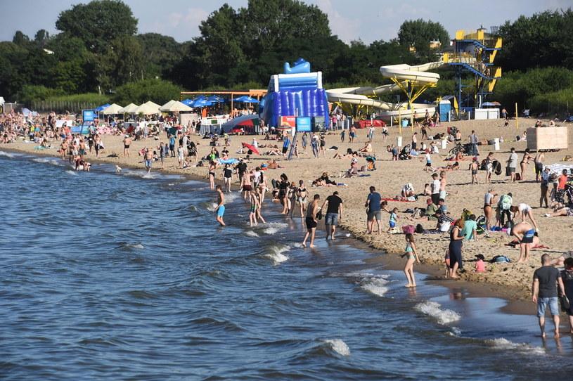 Kąpielisko nad Bałtykiem, zdjęcie ilustracyjne /PAP/Marcin Gadomski /PAP