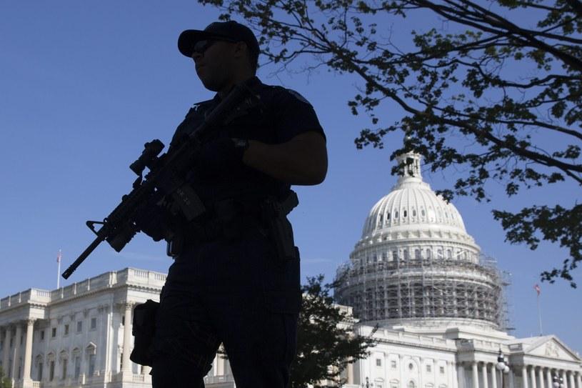 Kapitol w Waszyngtonie /MICHAEL REYNOLDS    /PAP/EPA