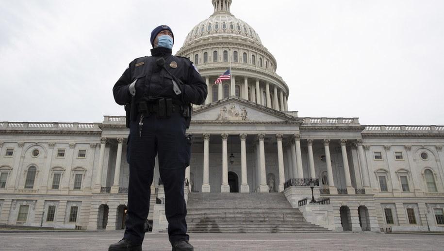 Kapitol /MICHAEL REYNOLDS    /PAP/EPA