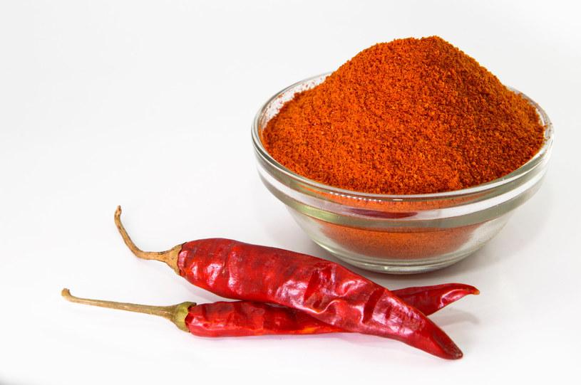 Kapsaicyna to związek występujący m.in. w papryce chili /123RF/PICSEL