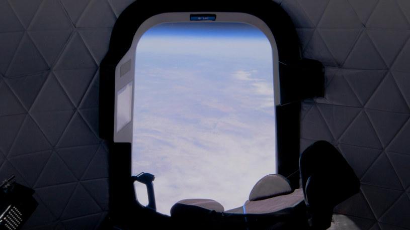 Kapsuła Blue Origin - widok na Ziemię /materiały prasowe