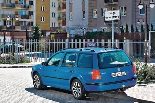 Kara za parkowanie na połączeniu dróg /Motor