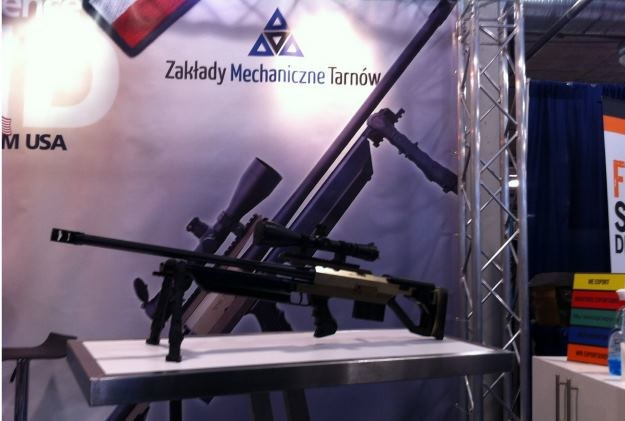 Karabin myśliwsko-sportowy 308 ZMT HS to broń powtarzalna, w układzie bezkolbowym.  Fot. ZM Tarnów /Defence24