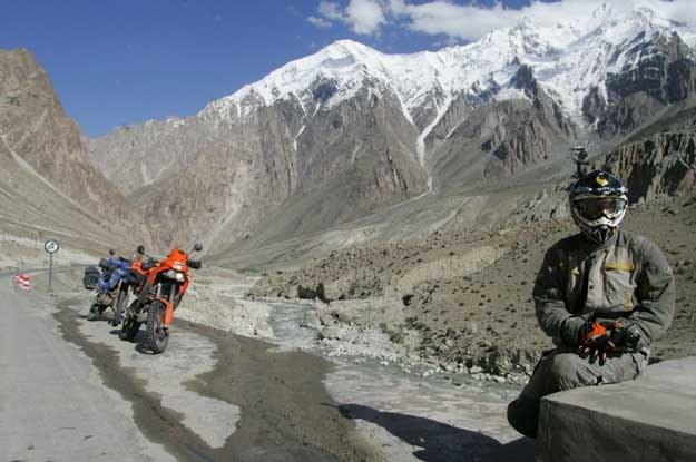 Karakoram Highway, jedna z najwyżej położonych dróg na świecie /
