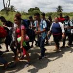 Karawana migrantów w drodze. W USA wojskowa mobilizacja