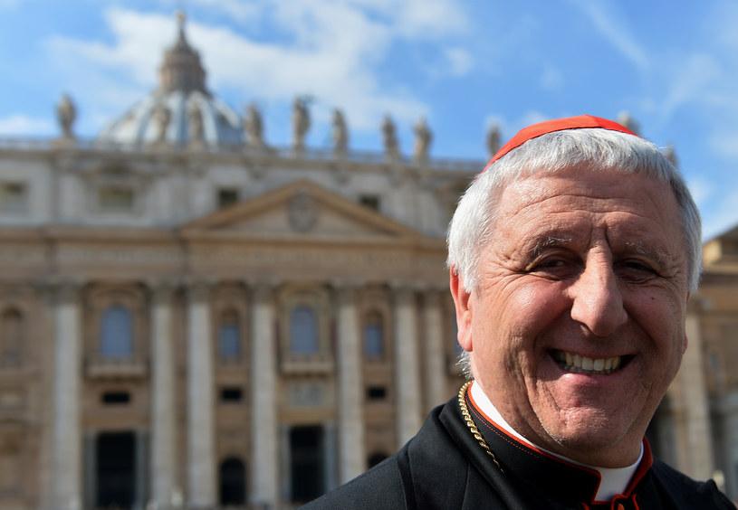 Kardynał Giuseppe Versaldi /AFP